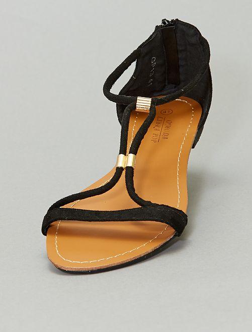 Sandali in pelle scamosciata                             nero