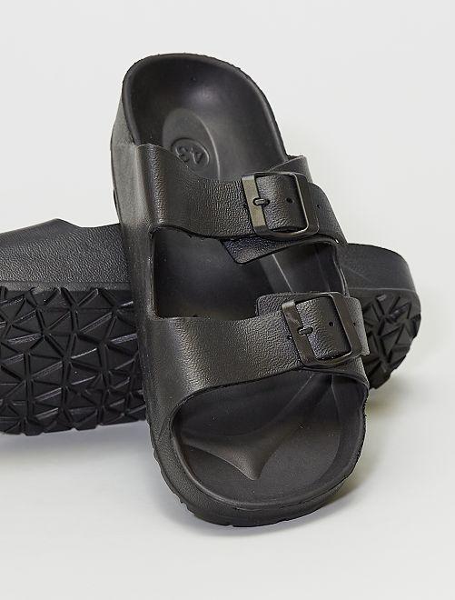Sandali in plastica                             nero