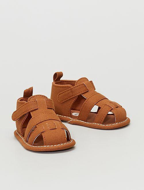Sandali in tela                                         castano