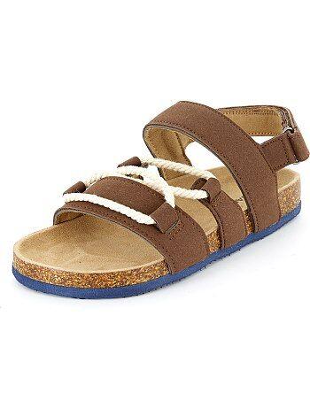 Stivali Bambino Sandali Scarpe Saldi Kiabi Sneakers Pantofole za6qwBx c134485c9c4