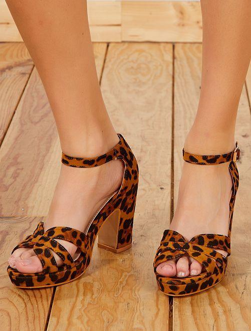 Sandali tacco effetto scamosciato                             leopardato Donna