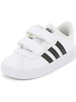 Scarpe da ginnastica a strappo 'VL COURT 2 CMF' 'Adidas'