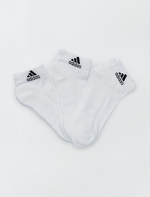 Set di 3 paia di calzini bassi 'adidas'                                                                                 BIANCO