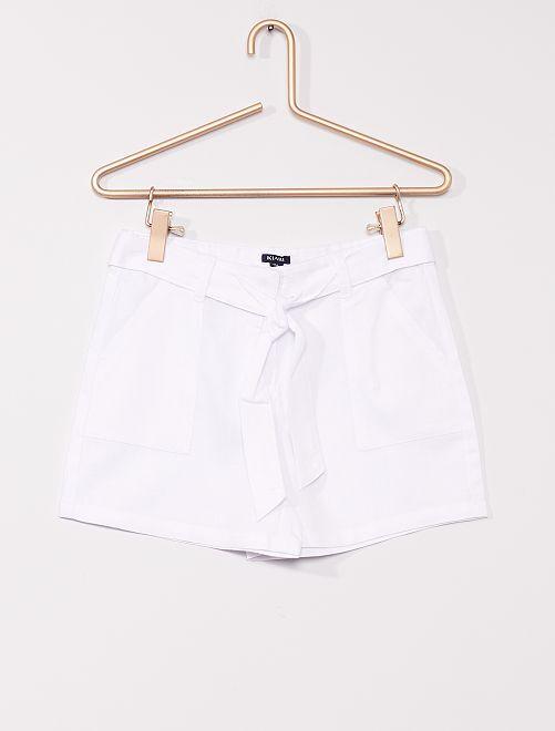 Shorts con lino                                         BIANCO