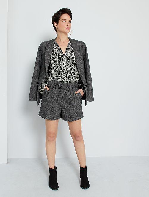 Shorts con pinces                                                     grigio a quadri
