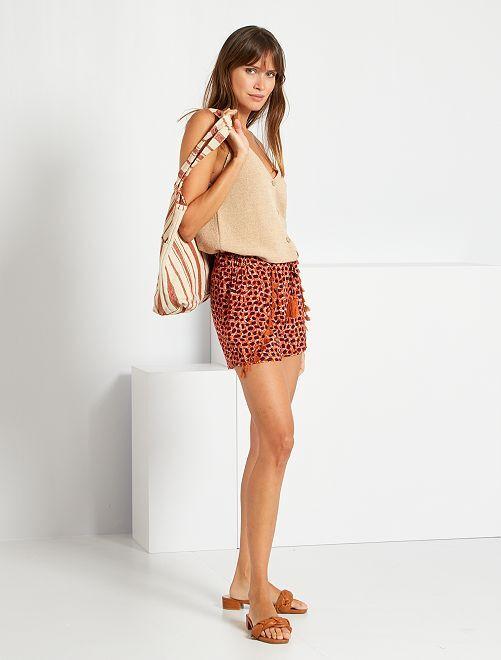 Shorts stampati con pompon                                         MARRONE