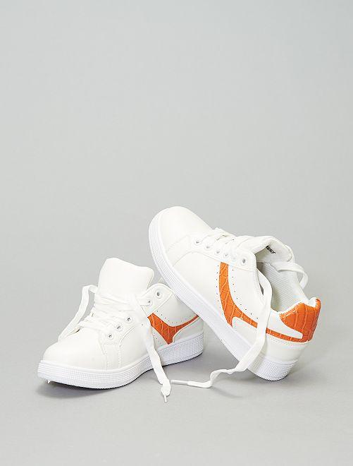 Sneakers basse con bande a contrasto                             arancione