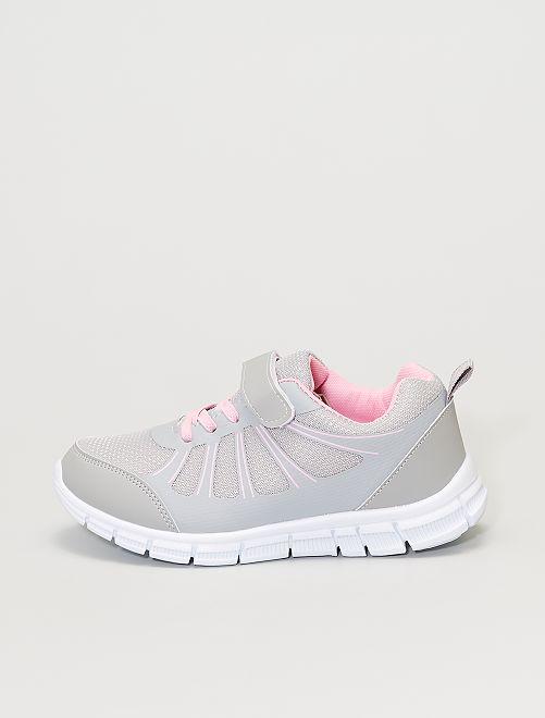Sneakers basse con lacci elasticizzati e strappo                             grigio/rosa