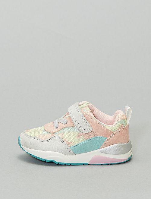 Sneakers basse con strappi e lacci elasticizzati                             ROSA