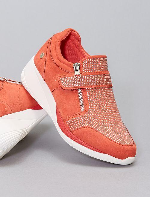 Sneakers in finto camoscio e strass                             BEIGE