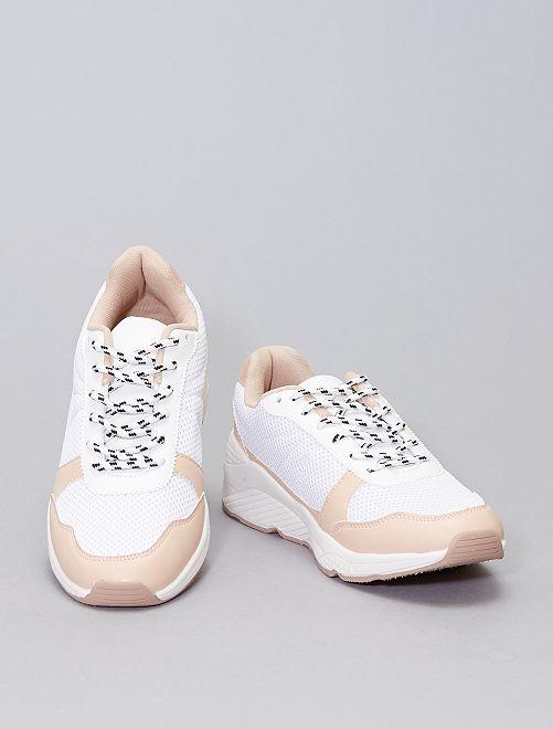 Sneakers in mesh e suola spessa                             bianco