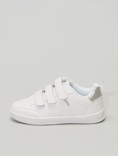 Sneakers in similpelle ricamate 'stella'                                         bianco