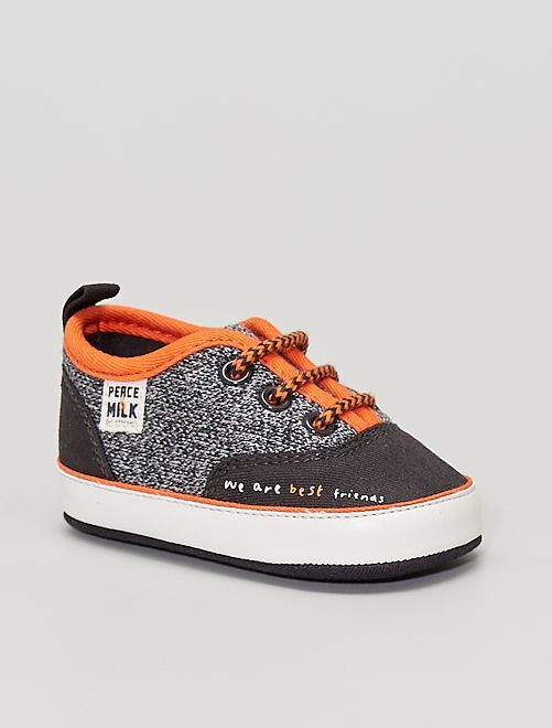Sneakers in tela e tessuto cangiante                             GRIGIO