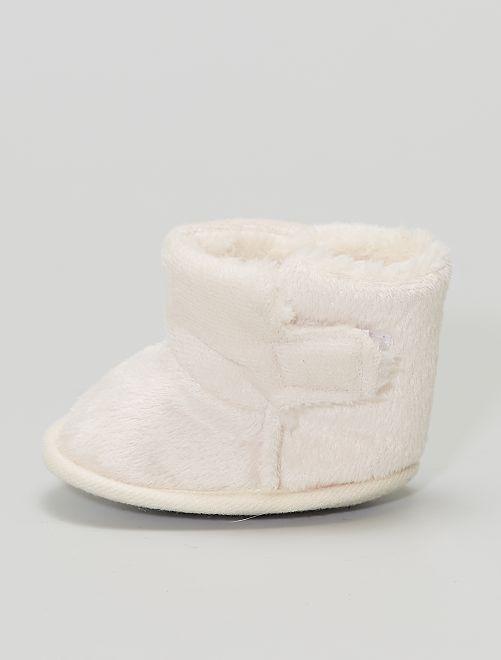 Stivaletti pantofole in maglia peluche                                         rosa