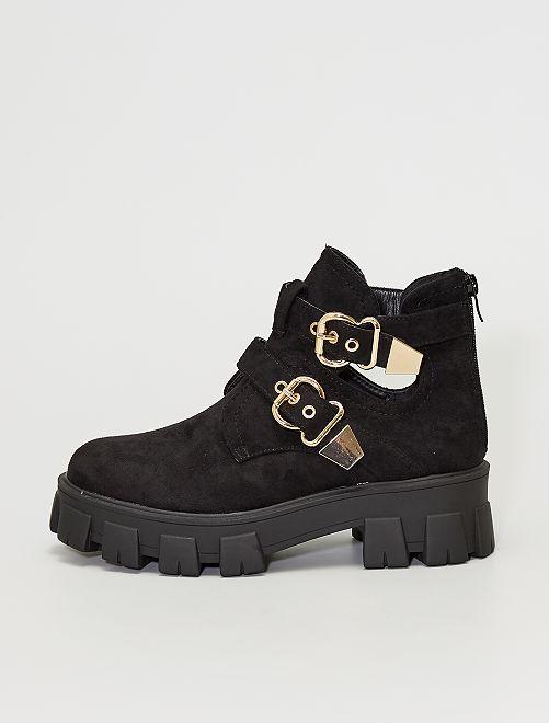 Stivali con suola spessa                             nero
