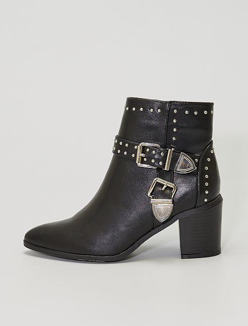 Stivali con tacco con borchie                             nero