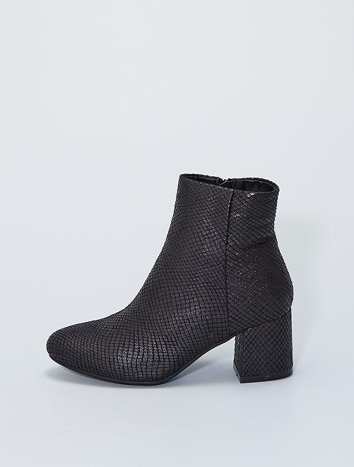 Stivali con tacco con motivi                             nero