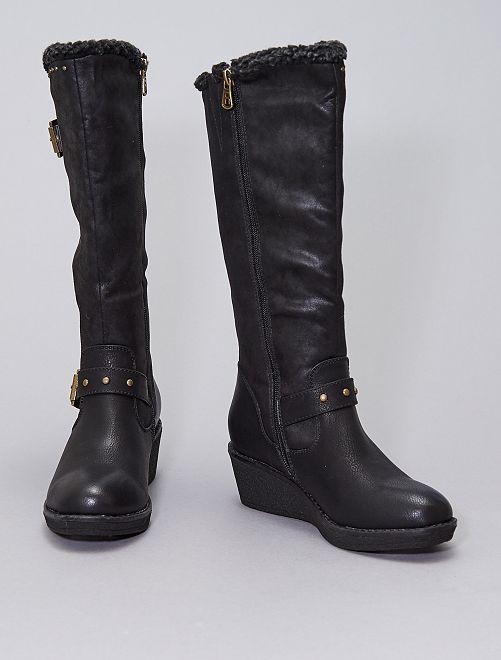 Stivali tipo finto camoscio                             nero