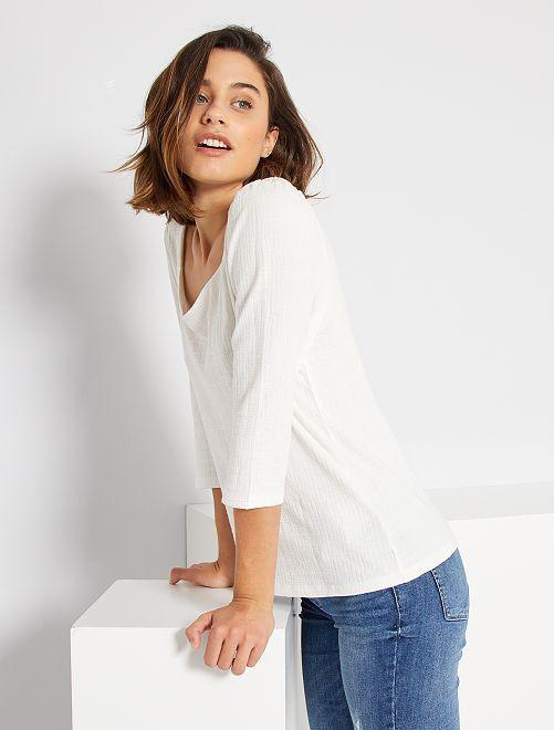 T-shirt con scollatura a cuore                                         bianco neve