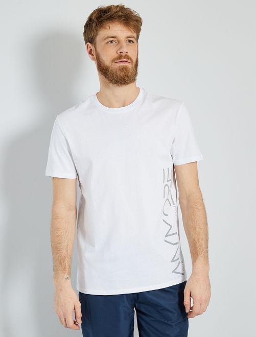 T-shirt con scritta in cotone biologico                                         BIANCO