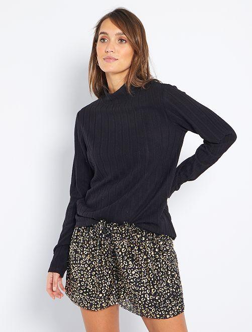 T-shirt in maglia soffice                                                                             nero
