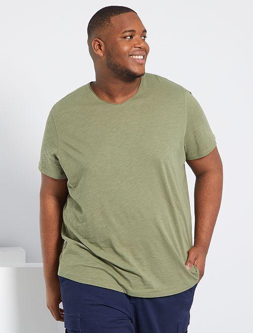 T-shirt Scollo a V 'eco-concept'                                                                                                                 verde licheno