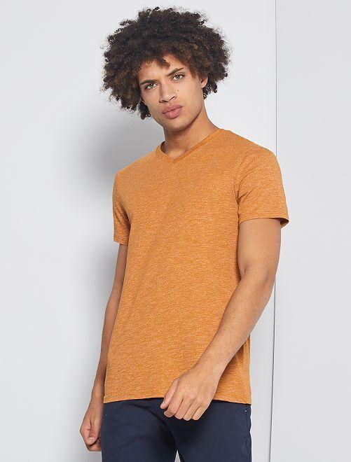 T-shirt slim scollo a V 'eco-concept'                                                                             marrone
