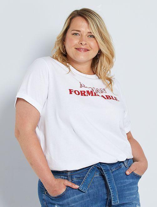 T-shirt stampata con messaggio                                                         BIANCO