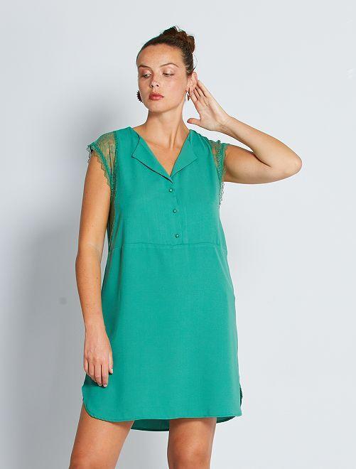 Vestito corto con maniche in pizzo                                                                 verde pino