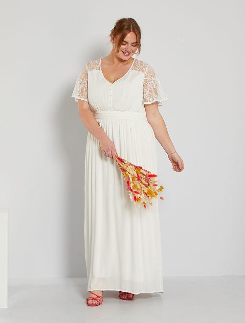 Vestito da sposa                             bianco neve