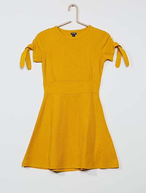 Vestito skater in maglia a costine                                                                 giallo bronzo